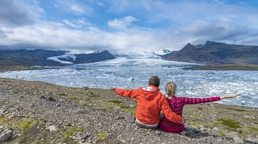 Iceland Travel, Ring Road, Jökulsárlón / Glacier Lagoon. Couple. Family Travel
